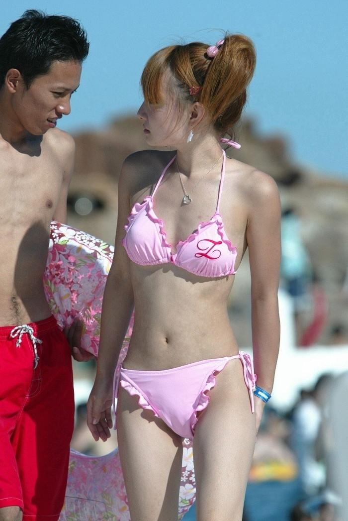 【素人水着エロ画像】夏の日差しと戯れる水着姿の素人娘にフル勃起! 28