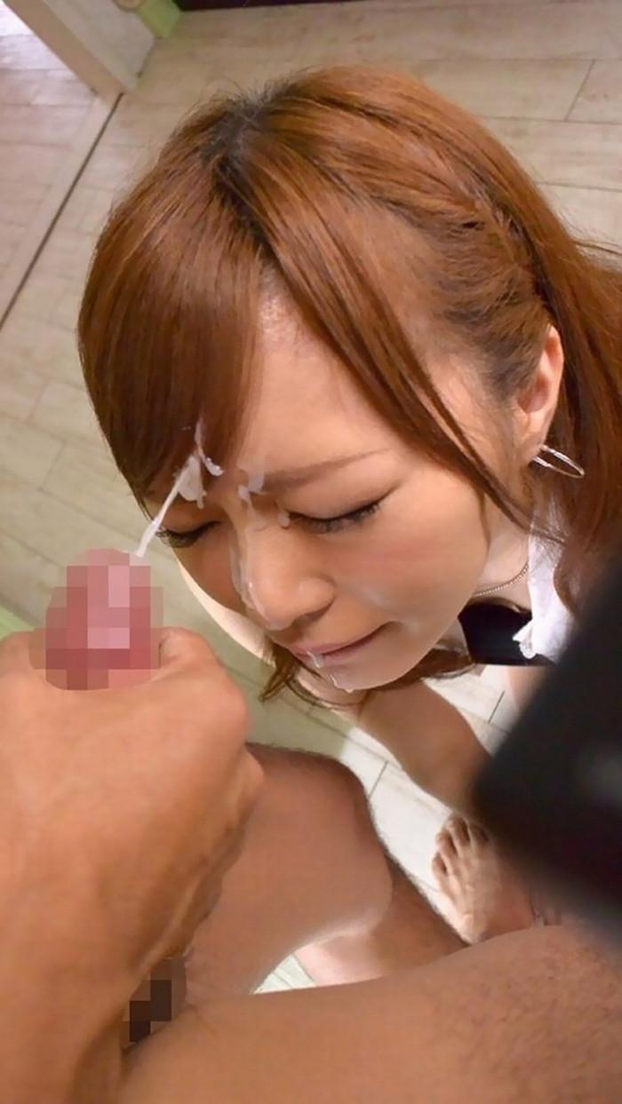 【顔射エロ画像】女の子の顔をザーメンで汚し支配欲を満たす行為がコチラw 11