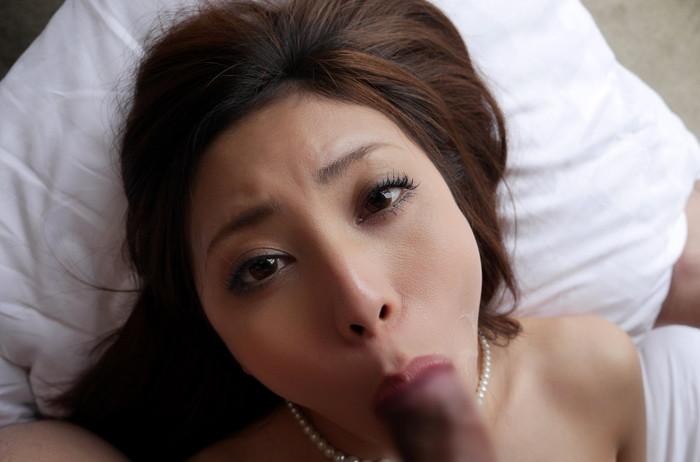 【フェラチオエロ画像】好きそうに、欲しそうにチンポを咥える女達がエロッ! 02