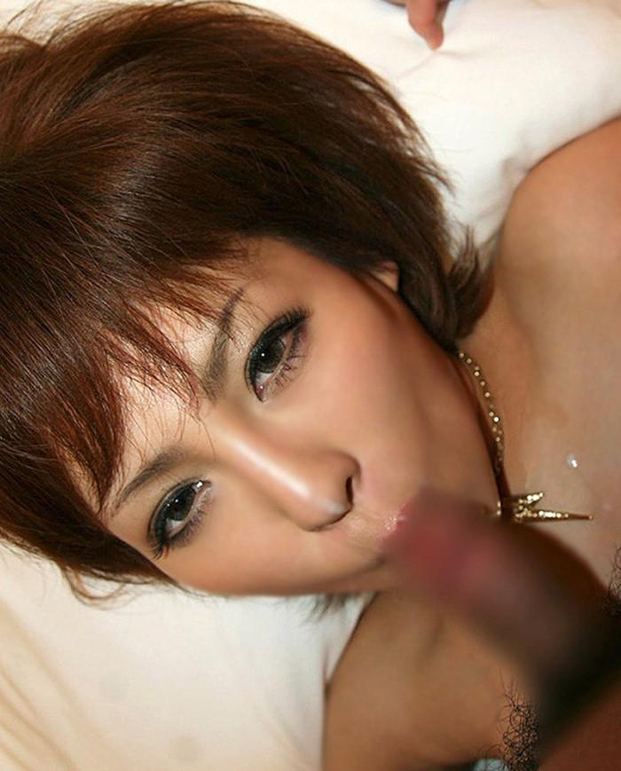 【フェラチオエロ画像】好きそうに、欲しそうにチンポを咥える女達がエロッ! 24