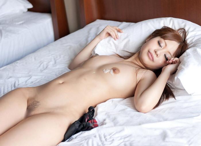 【SEX事後エロ画像】SEXを終えて心地よい疲労感の中、至福の表情を浮かべる女達 24