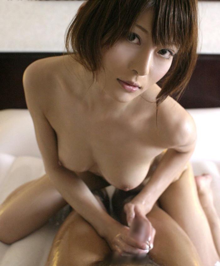 【手コキエロ画像】女の子にしてもらう事に意義がある!手コキってそういうもんだろ!? 16