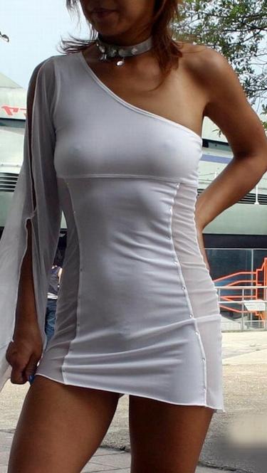【着衣透けエロ画像】うす布一枚隔てた女の子の肌も良いものだ!と思える着衣透け! 15