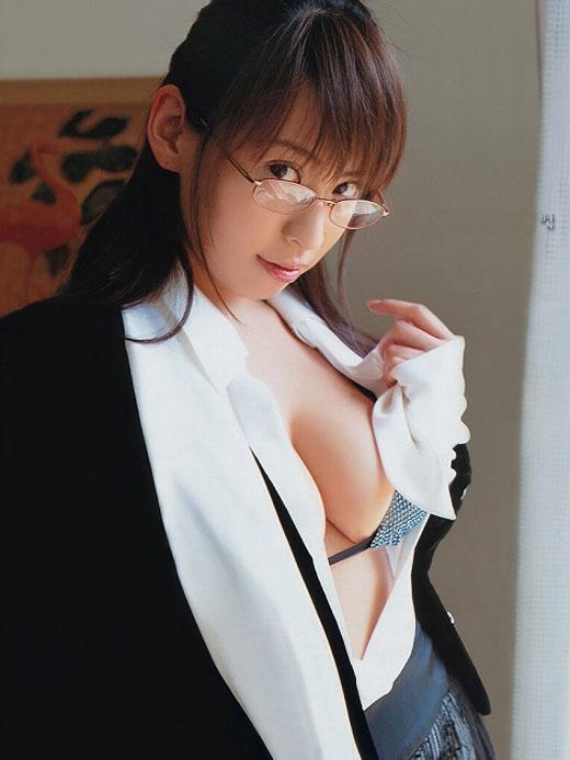 【眼鏡女子エロ画像】普段は眼鏡で隠されているメスの本性!このギャップに萌ッ!! 08