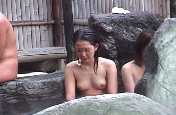 【女風呂盗撮エロ画像】見たい!が現実に!ダレもがみたい女風呂の中身ww 23