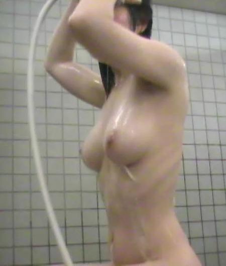 【女風呂盗撮エロ画像】見たい!が現実に!ダレもがみたい女風呂の中身ww 31