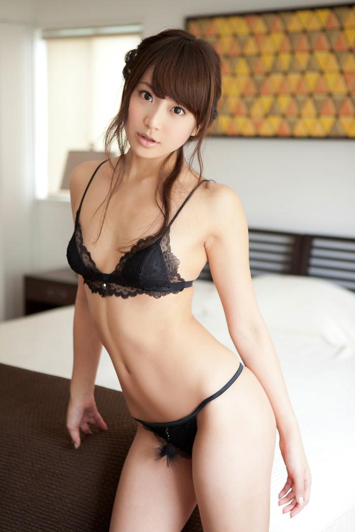 【セクシーランジェリーエロ画像】機能性よりもセクシーさを重視したエロ下着! 03
