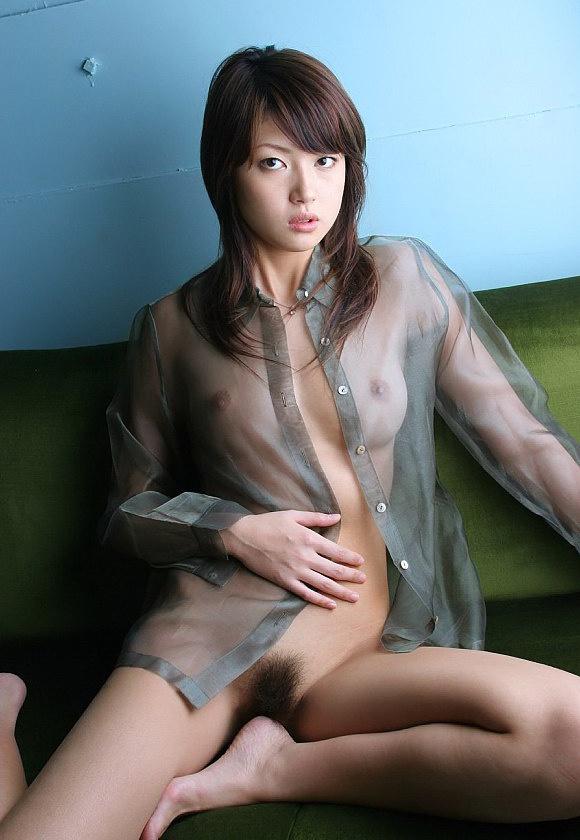 【スケスケエロ画像】見事に透けた着衣の下の美しい裸体に視線を奪われてしまいそう。 24
