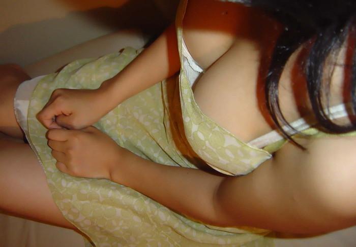 【着衣巨乳エロ画像】はち切れんばかりの膨らみに思わず下半身沸騰の着衣巨乳! 21