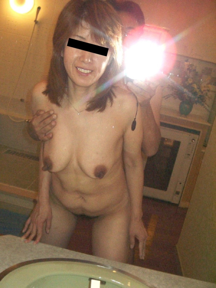【鏡撮りエロ画像】鏡に映った自分たちのセックスを撮影しちゃった!ったやつ!w 17