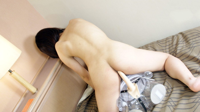 【ティルドオナニーエロ画像】自ら動く!ディルドを挿入してオナニー三昧の女達! 24