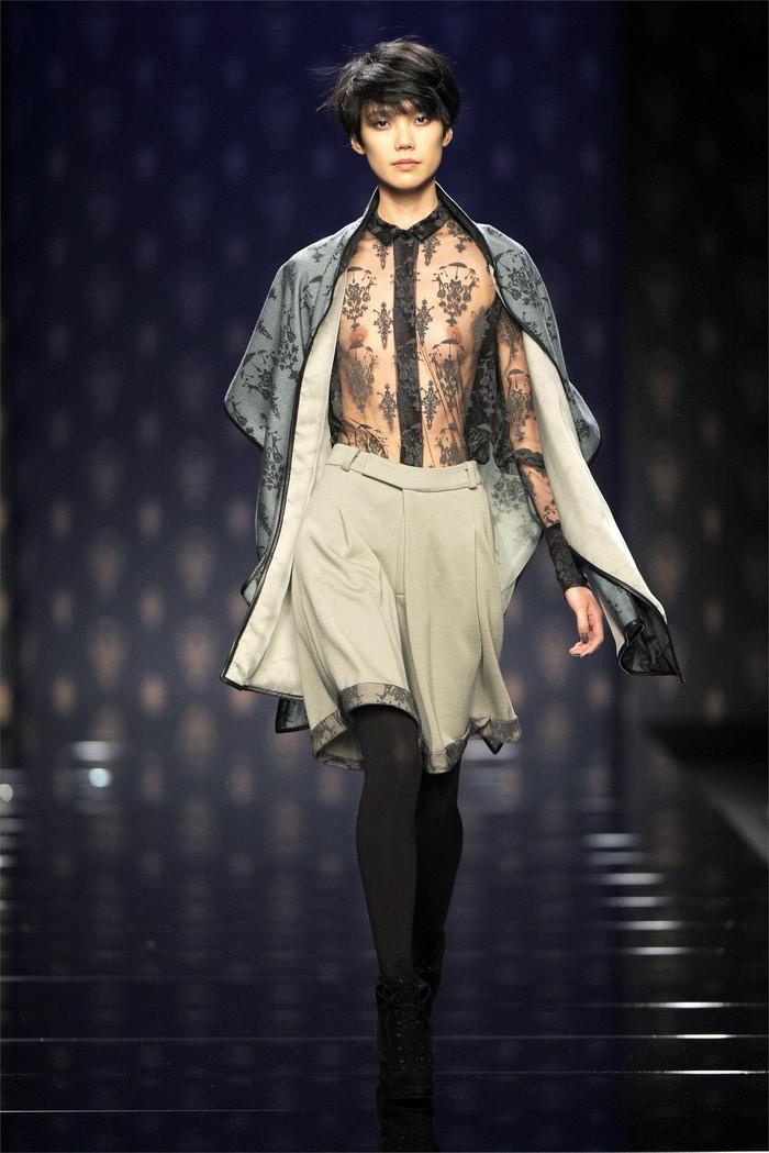 【ファッションショーエロ画像】これはストリップではなくファッションショーなんだぜ!?w 19