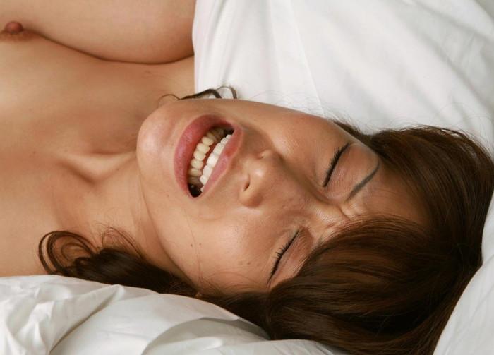 【SEXエロ画像】くっそエロい!セックス中の女のイキ顔をまとめたエロ画像 05