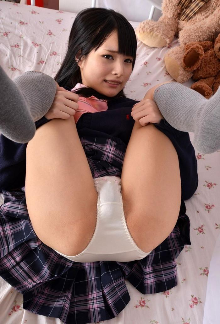 【まんぐり返しエロ画像】女の子が物凄い羞恥心に駆られるという体位がこちらww 13