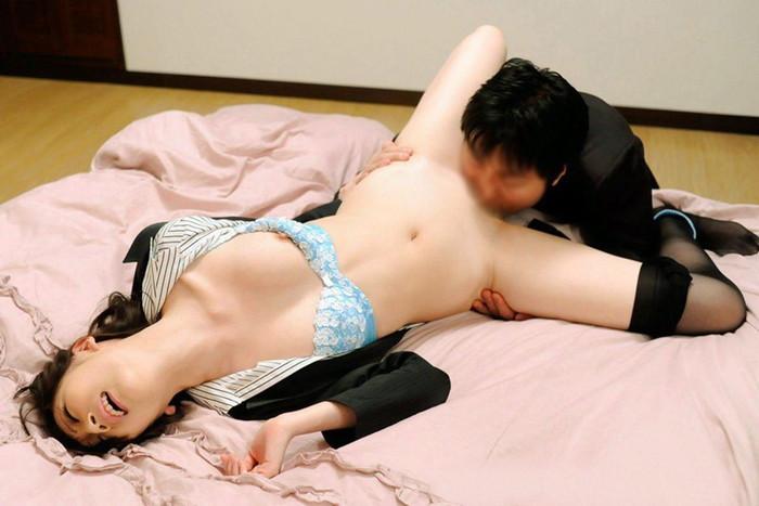 【クンニリングスエロ画像】クンニリングス!オマンコ舐めるの好きなやつ寄ってこい! 16