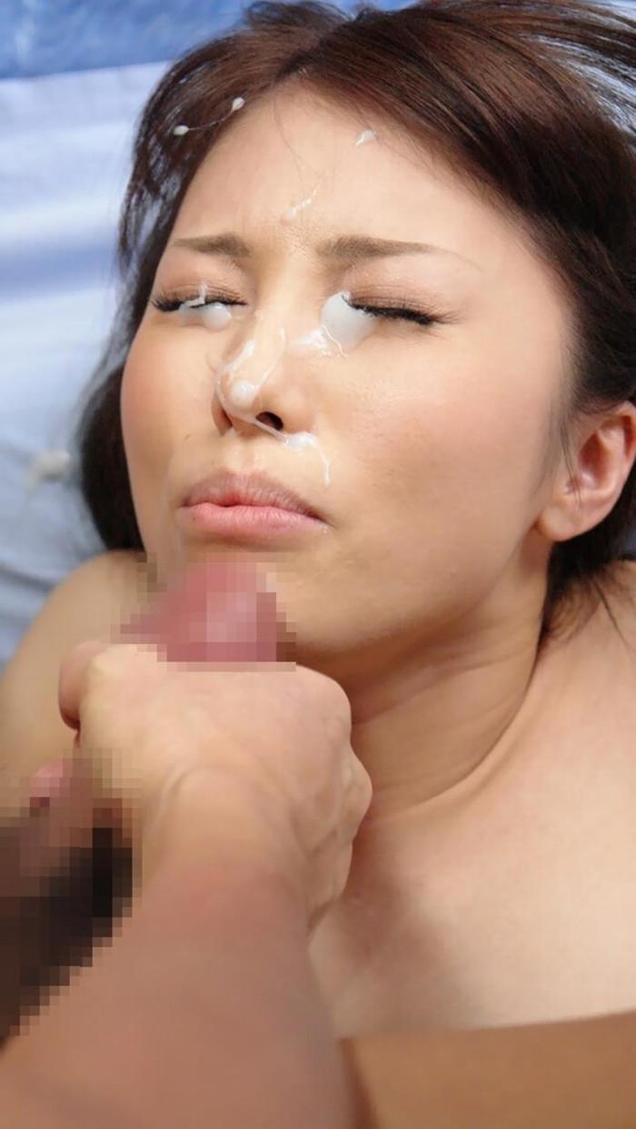 【顔射エロ画像】フィニッシュは顔にかける!っていうやつ、ちょっと来い!w 27