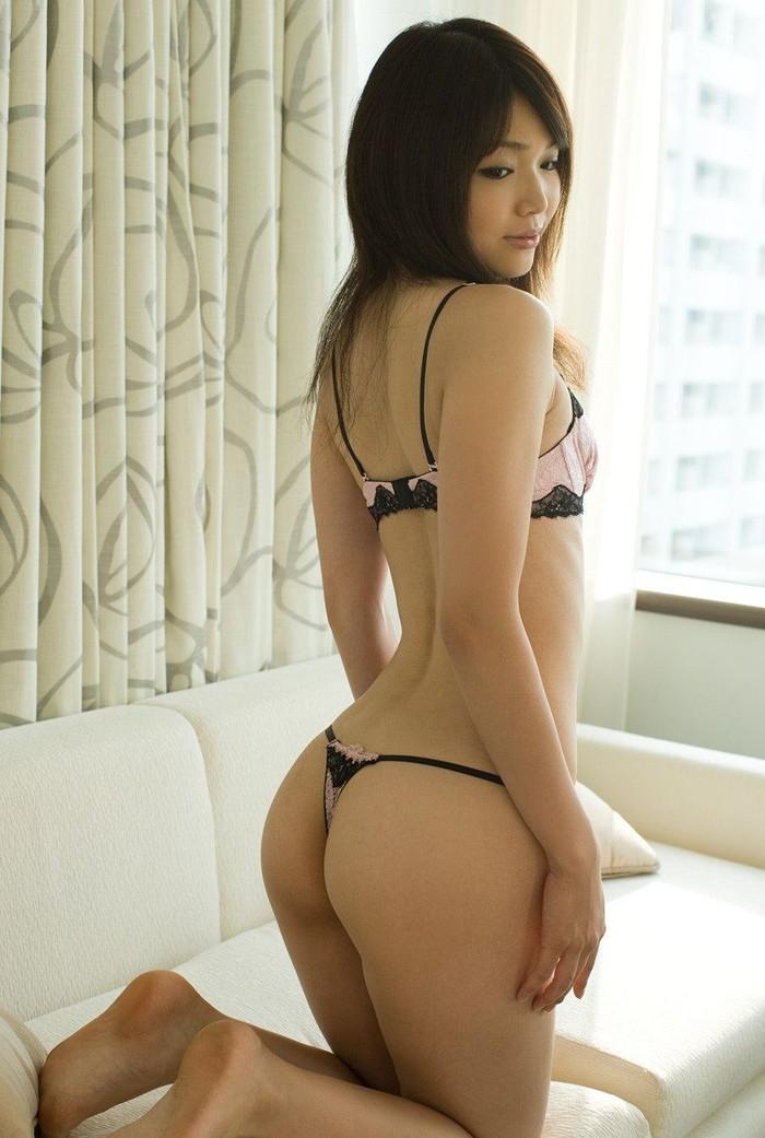【美尻エロ画像】これほどの美しい尻なら、今すぐにでもしゃぶりつきたい!w 13