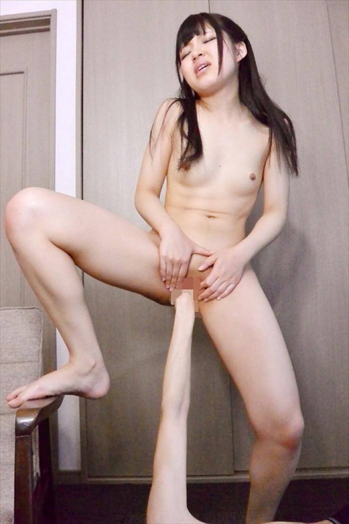 【フィストファックエロ画像】マジ!?握りこぶしがオマンコに挿入されてるぞ!? 18