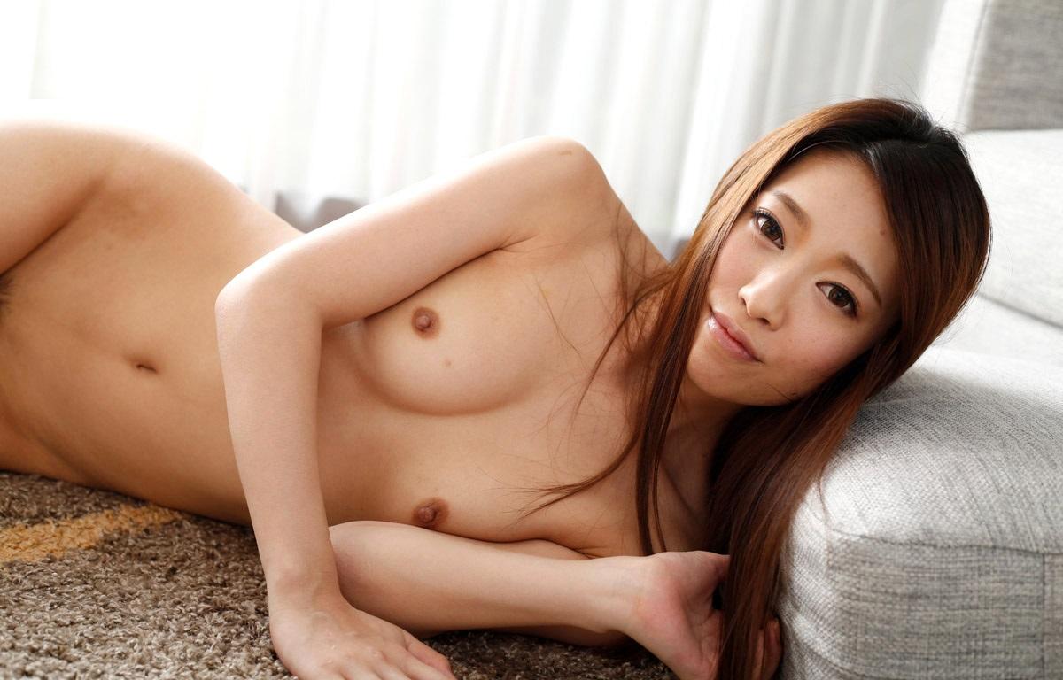 【美熟女エロ画像】この悩ましさと妖艶な雰囲気!こちらからお願いしたい美熟女!