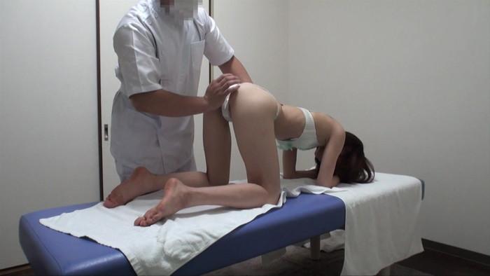 【マッサージエロ画像】女性の肌に直接触れられる職業!こんなん裏山!www 06