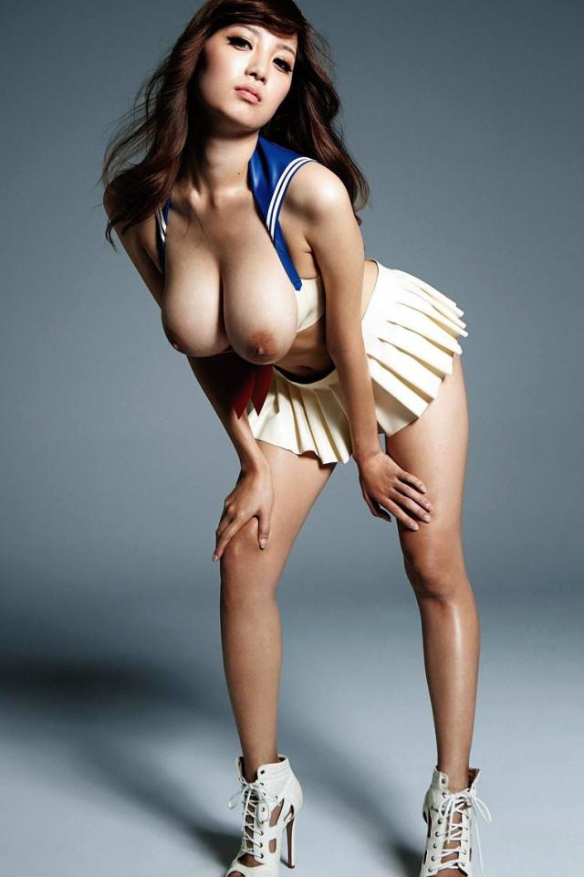【RIONエロ画像】こんなエロい身体つきの女、一度はお相手してもらいたいだろ!?w 14
