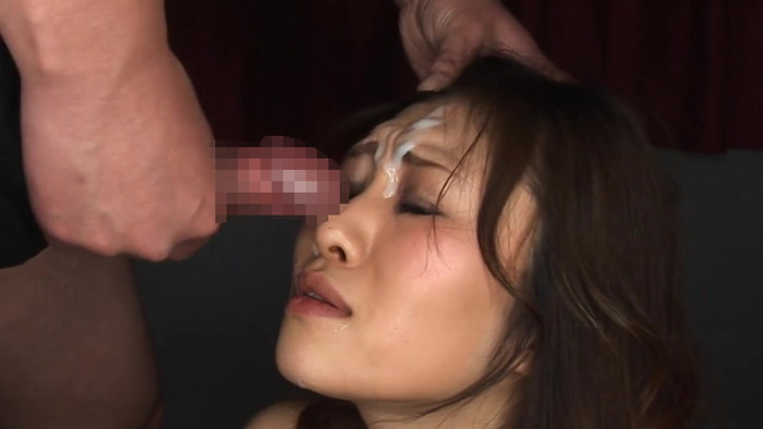 【顔射エロ画像】可愛い女の子の顔にたっぷりザーメンぶっかけたったww 01