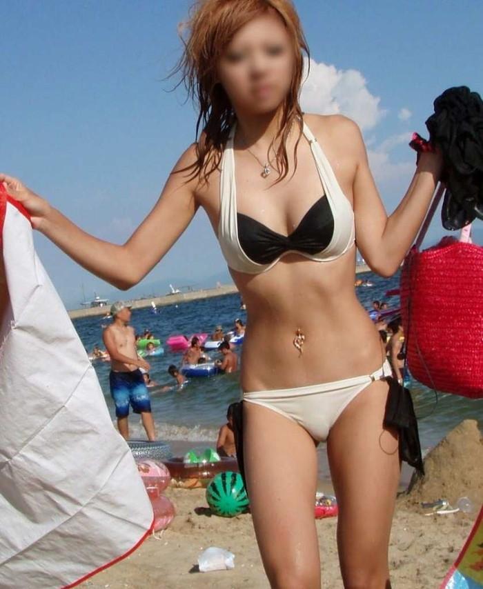 【素人水着エロ画像】ビーチで!プールではしゃく生々しい水着の素人娘! 04