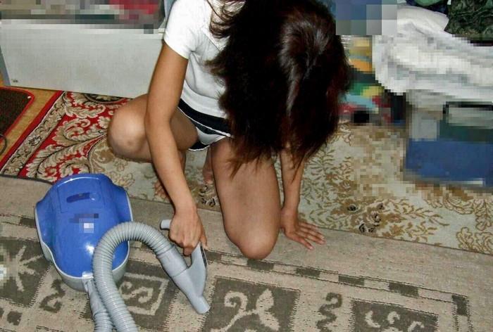 【家庭内盗撮エロ画像】家庭内で盗撮されたエロ画像!?家族の犯行!? 09