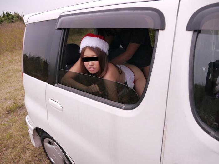 【カーセックスエロ画像】車内でセックス!カーセックスってやったことあるか? 10