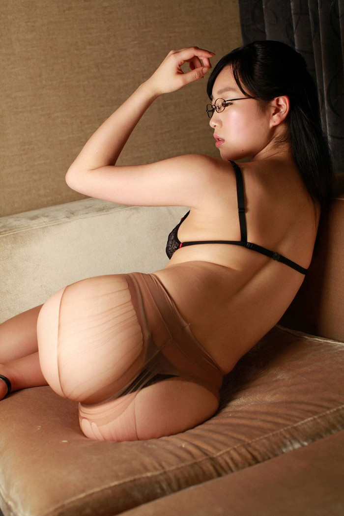 【美尻エロ画像】女の子お尻に特化した美尻エロ画像集めてみたよwww 13