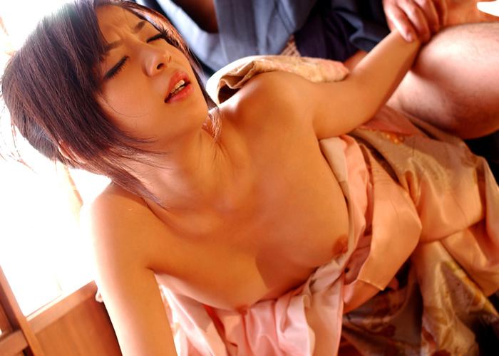 【和服エロ画像】日本の心といえば和服!和服姿でセックスする日本人女性! 07