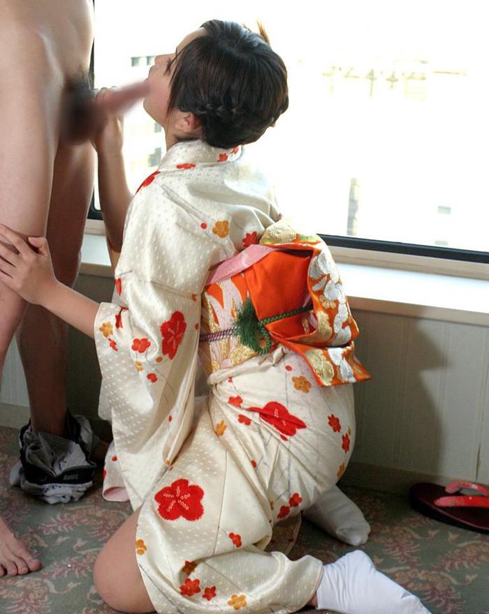 【和服エロ画像】日本の心といえば和服!和服姿でセックスする日本人女性! 10
