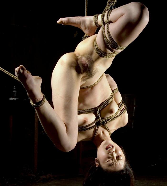 【SM緊縛エロ画像】女の子が緊縛されている姿に勃起するやつちょっと来い! 05