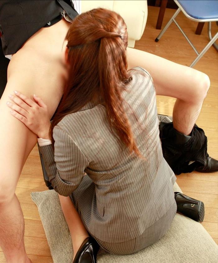 【フェラチオエロ画像】改めてみると女がチンポ咥える姿ってエロすぎるよな!? 10