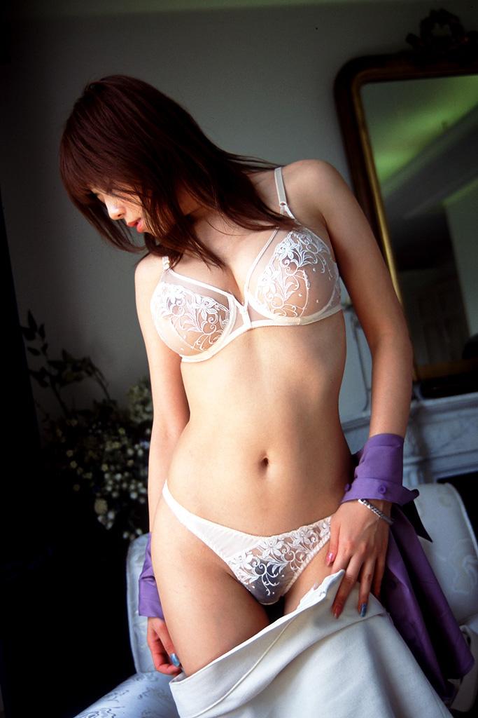 【透け下着エロ画像】透けた下着と透けてない下着、どちらがお好みですか?w 07