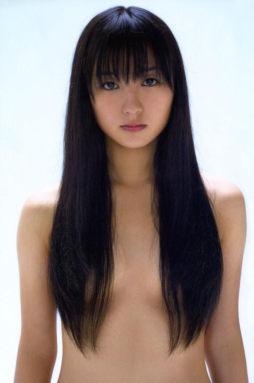 【髪ブラエロ画像】乳首だけは見せられないの!髪の毛で隠させてね!w 14