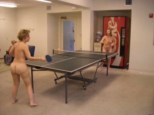 【全裸スポーツエロ画像】全裸で開放感たっぷりのスポーツとか草www 24