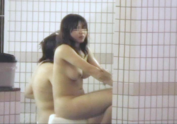 【女風呂盗撮エロ画像】これが見たかった!女風呂の内部を盗撮したったwww 06