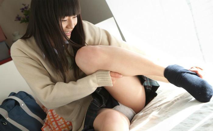 【JK制服コスプレエロ画像】JKコスプレの似合う女の子たちの破廉恥画像集めたったww 09