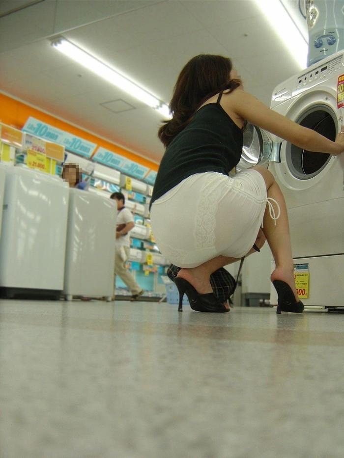 【着衣透けエロ画像】これは透視!?着衣が透けてしまっている素人娘たち! 10