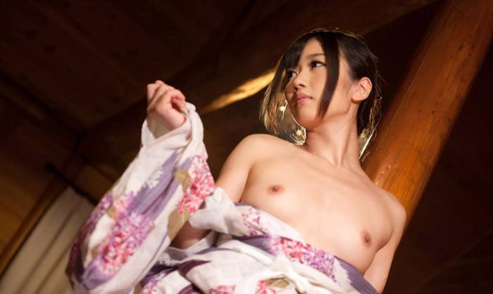 【和服エロ画像】この雰囲気、日本古来より伝わる和服のエロスが素晴らしい! 13