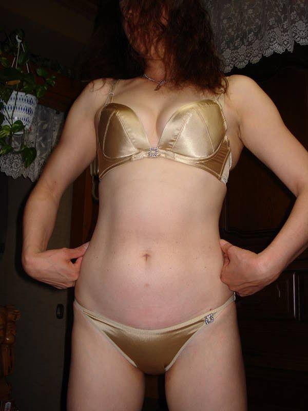 【素人下着姿エロ画像】いまどきの素人娘たちの下着ってこんな感じやで!ww 04