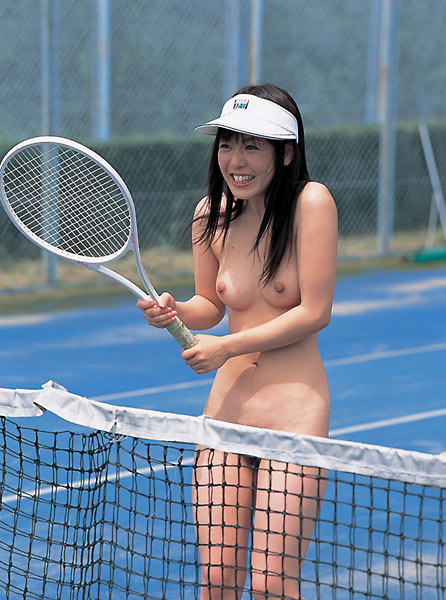 【全裸スポーツエロ画像】全裸でスポーツをすると当然、ここまでエロくなる件! 24