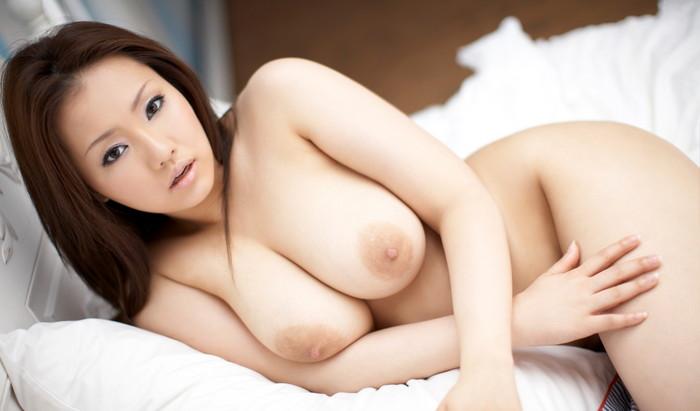 【巨乳エロ画像】巨乳ファン必見の巨乳+美乳の女の子を集めてみた! 12