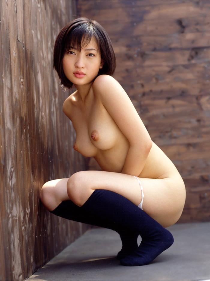 【美乳エロ画像】何時間見ていても飽きる事のない美しき美乳たち…。 09