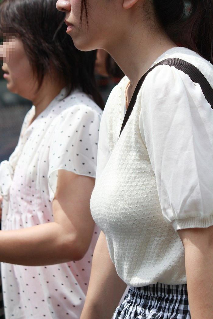 【着衣おっぱいエロ画像】はちきれんばかりの着衣おっぱいから目が離せない! 09