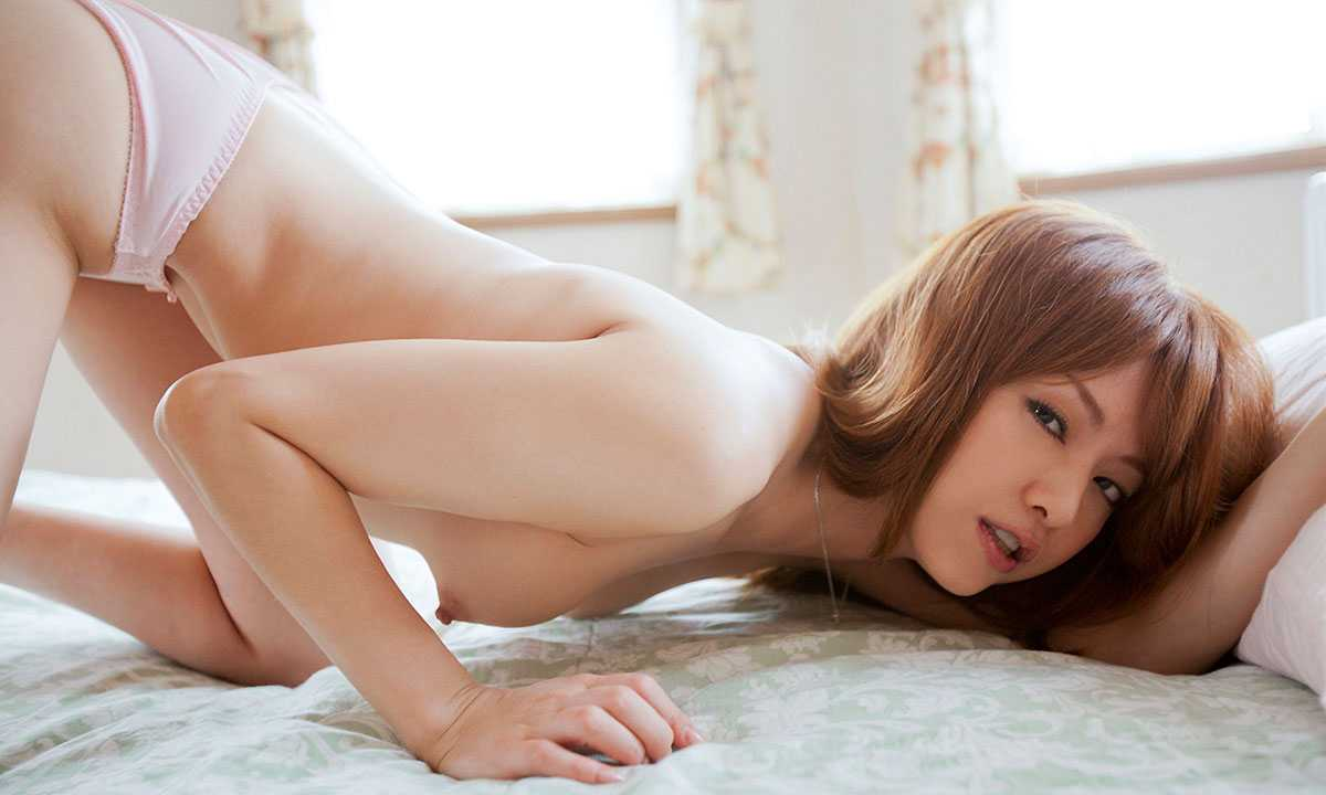 【吉沢明歩エロ画像】映画にもキャスティングされるほどの美貌の持ち主のAV女優