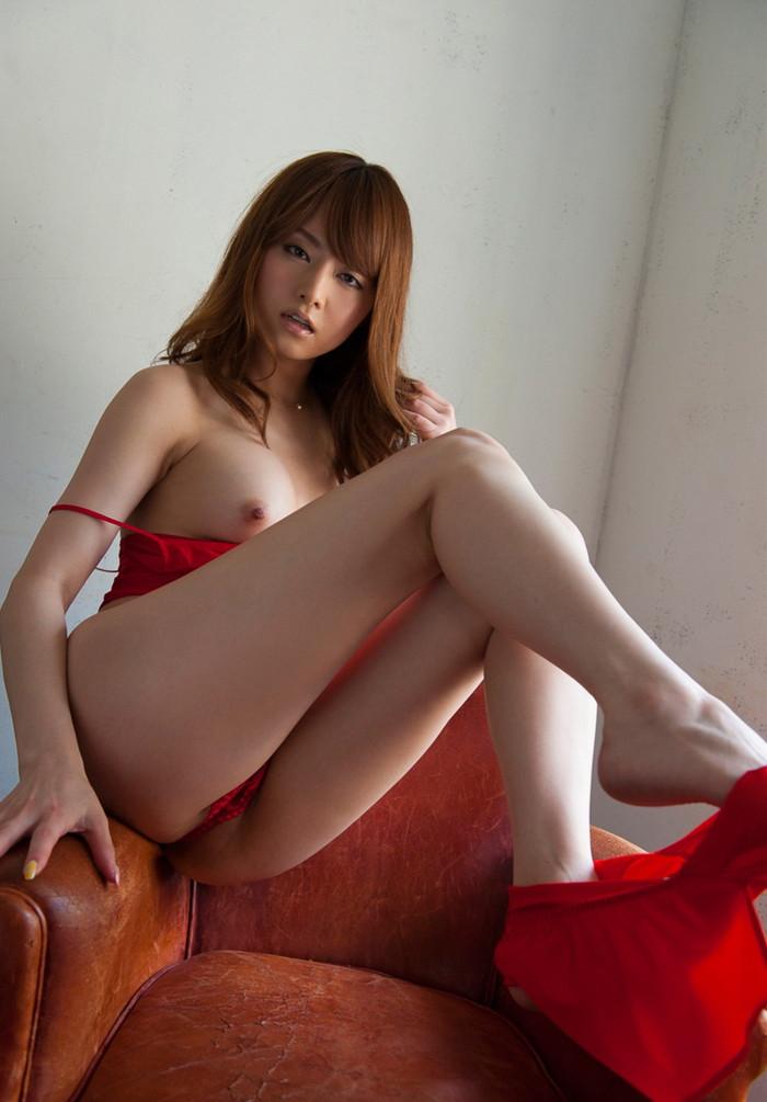 【吉沢明歩エロ画像】映画にもキャスティングされるほどの美貌の持ち主のAV女優 05
