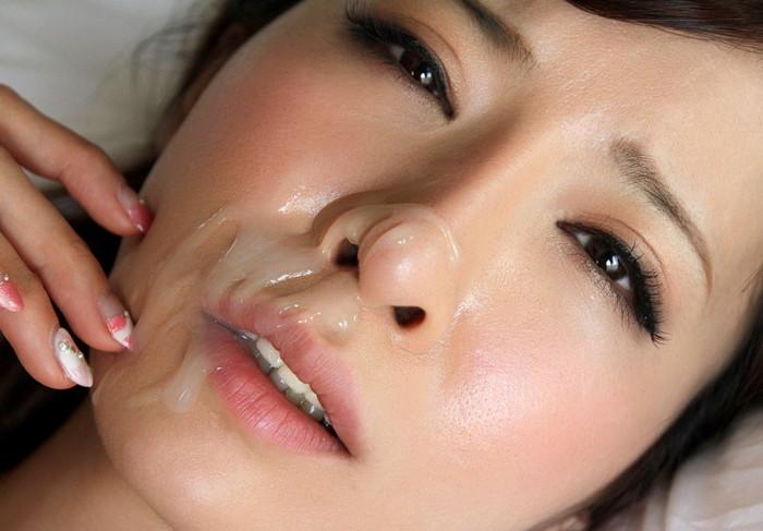【顔射エロ画像】美しい顔でドロッドロのザーメンを受け止める破廉恥美少女! 02