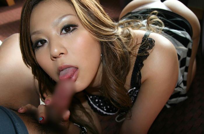 【フェラチオエロ画像】女の子の可愛い口でチンポを舐める刺激的で甘美な行為 14